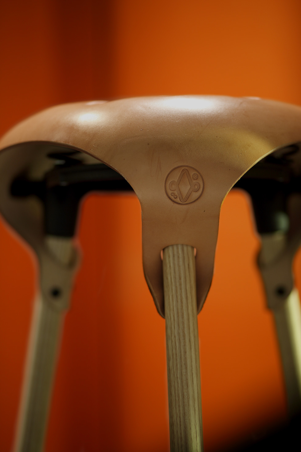 Saddle-Stool-detail-